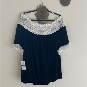 """New Chic blouse from Macy's"""" size XL"""